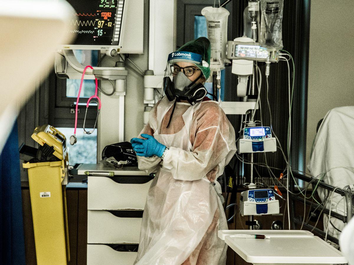 Medics on Covid ward