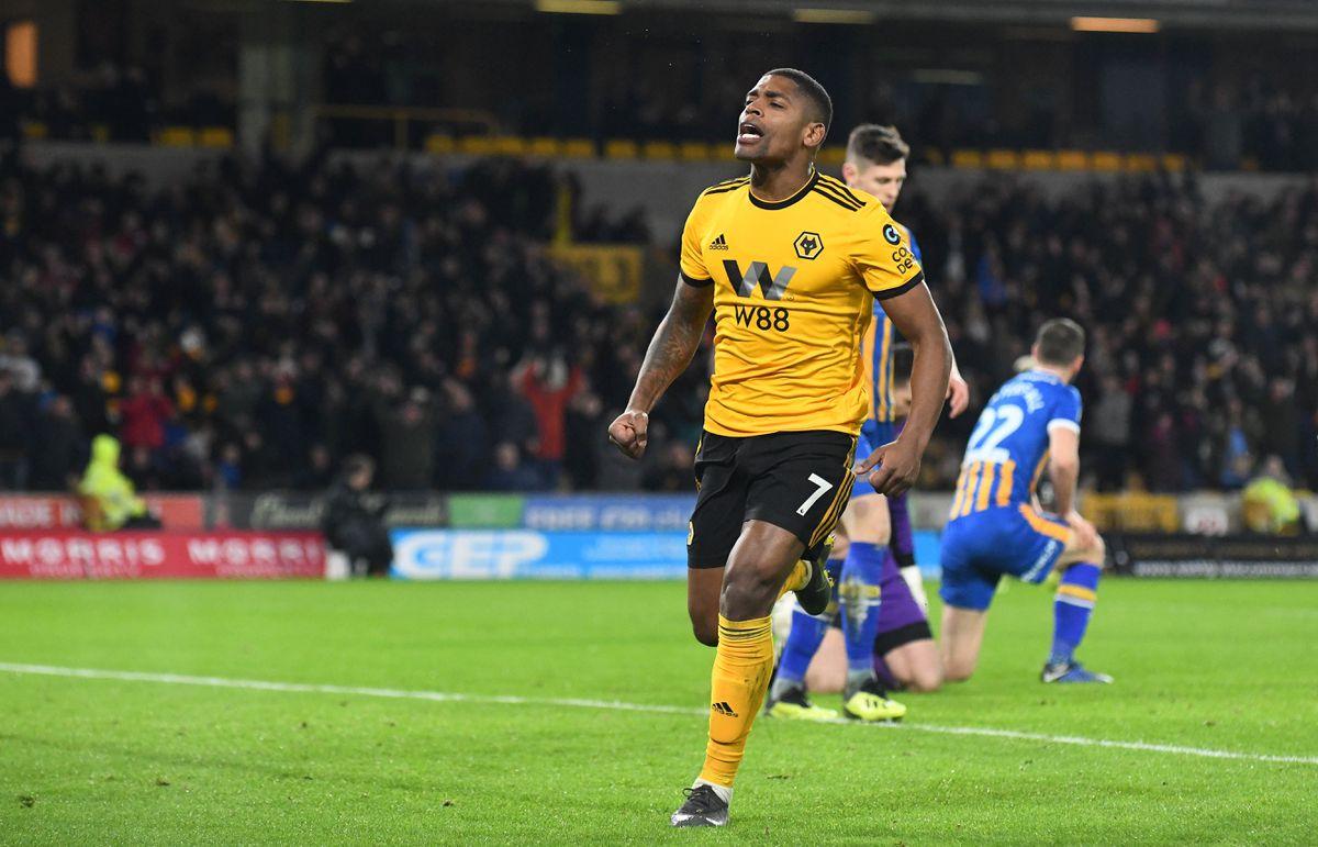 Ivan Cavaleiro of Wolverhampton Wanderers celebrates after scoring a goal to make it 3-2 (AMA)