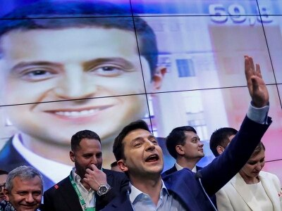 Comedian vows to unite Ukraine after 'winning in east and west'