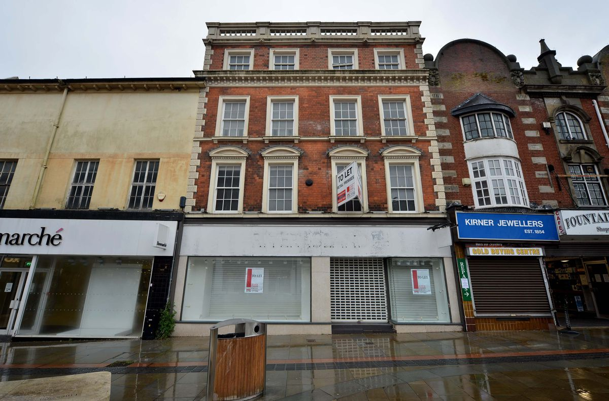 The former River Island store on Dudley High Street
