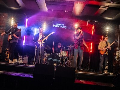 Wolverhampton rockers CityLightz join with BBC Introducing to help college students