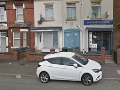 Licence granted despite fears of drunks in dressing gowns in West Bromwich