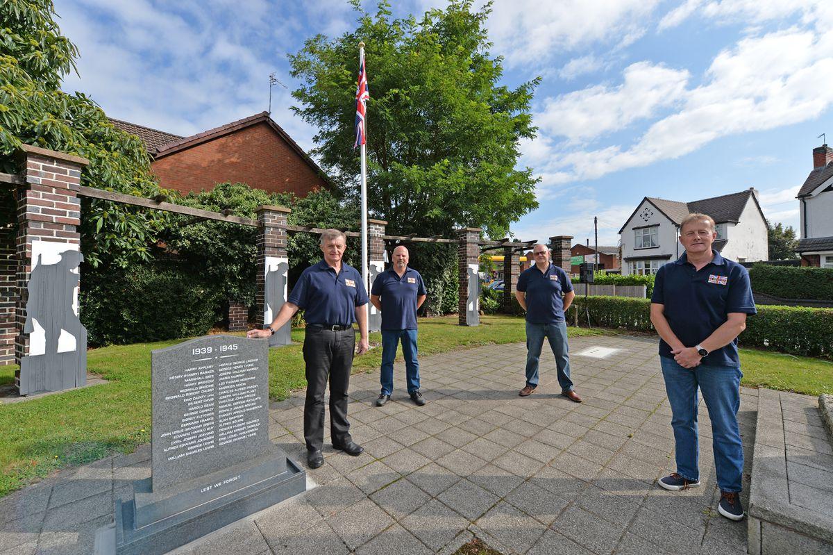 John Elwell, Martin Washbrook, Robert Baker and Stephen Jackson with the memorial