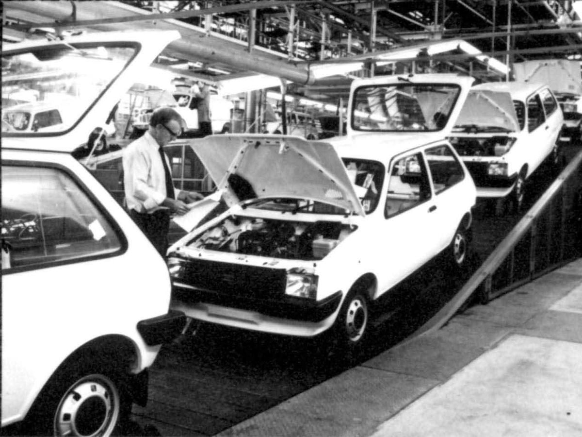 The first Metros on the production line at Longbridge