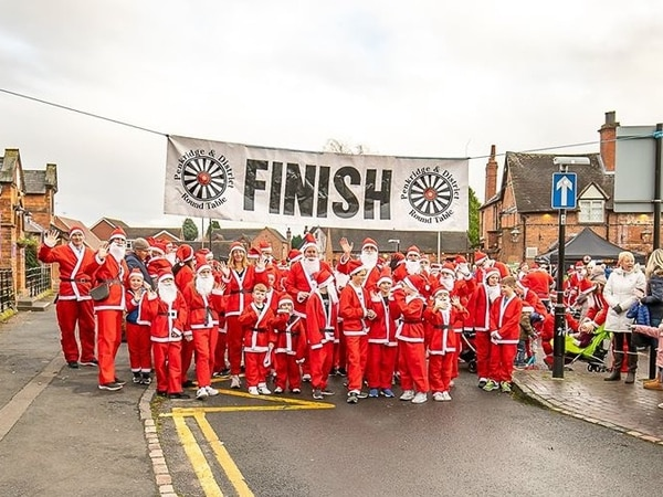 Santas stride out for festive charity dash