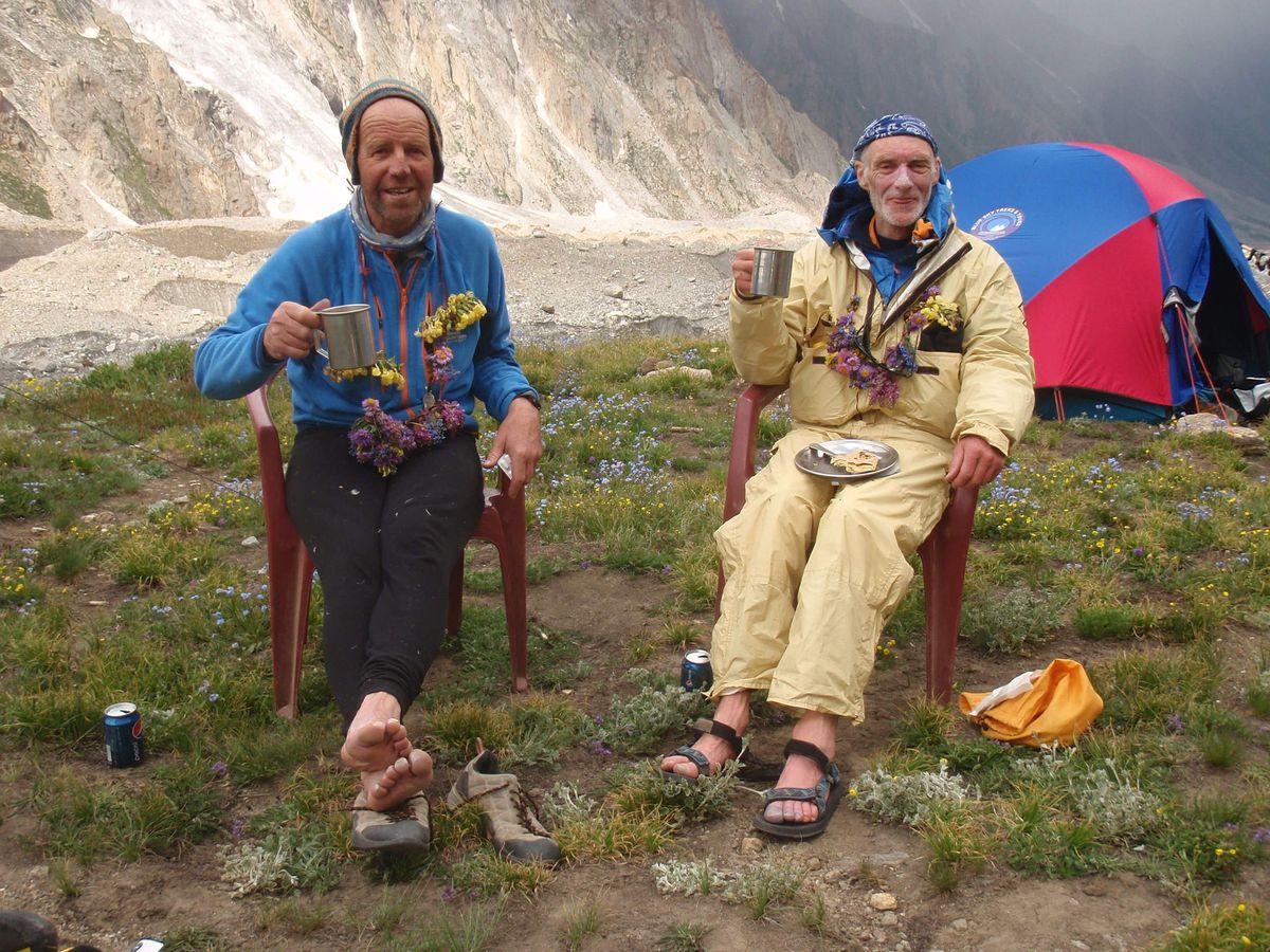 Climbers win award