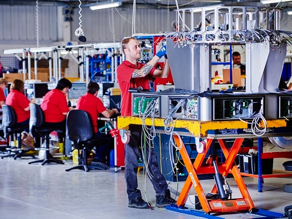Manufacturers turn to 'outsourcing' to combat economic uncertainty