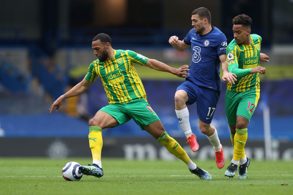 Matt Phillips of West Bromwich Albion and Mateo Kovacic of Chelsea and Matheus Pereira of West Bromwich Albion. (AMA)