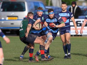 Dudley Kingswinford hoping for a twist as they lose top spot