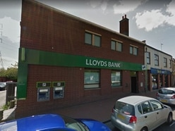 Appeal after 'gunman' attempts robbery at Lloyds Bank branch in Great Bridge