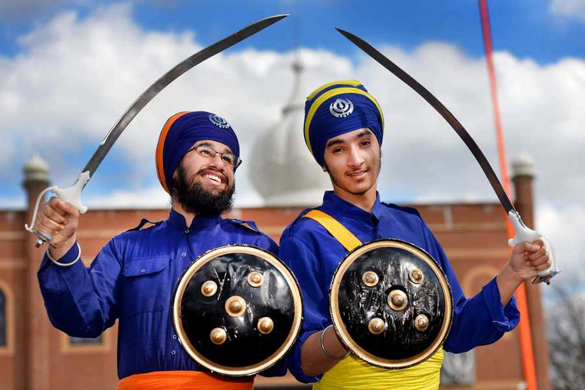 PICTURES: Sikh festival brings colour to Willenhall