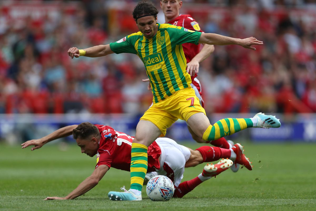 Filip Krovinovic of West Bromwich Albion and Matty Cash of Nottingham Forest. (AMA)