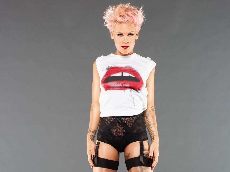 Pink talks about her V appearance