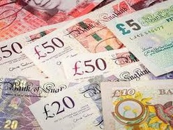 Seven Rugeley neighbours scoop £1,000 in lottery