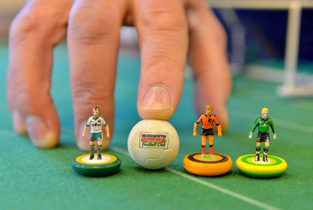 Wolves Subbuteo players