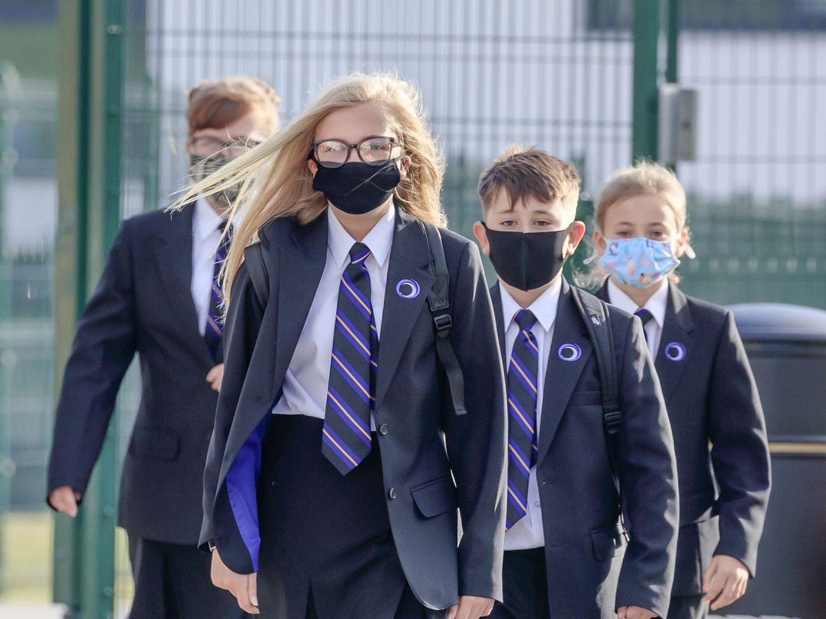 School pupils wearing face masks