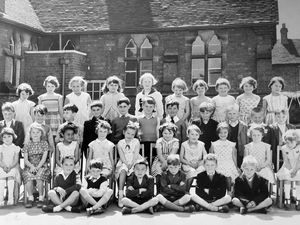 Ray's 1960s picture of Stafford schoolchildren.