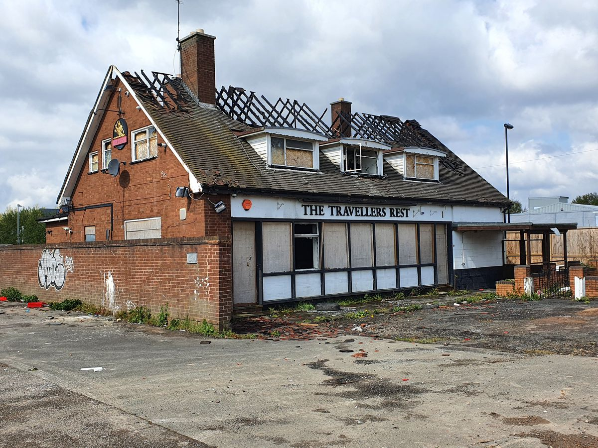 Fire damage at the derelict Travellers Rest pub, in Great Bridge Road