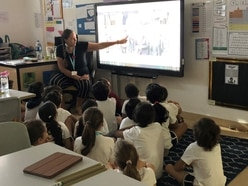 Dubai children learn how Wolverhampton remembered war heroes