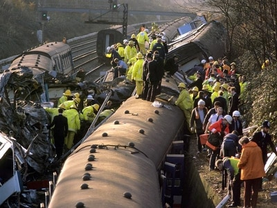 Waterloo derailment shows death crash lessons 'being forgotten'