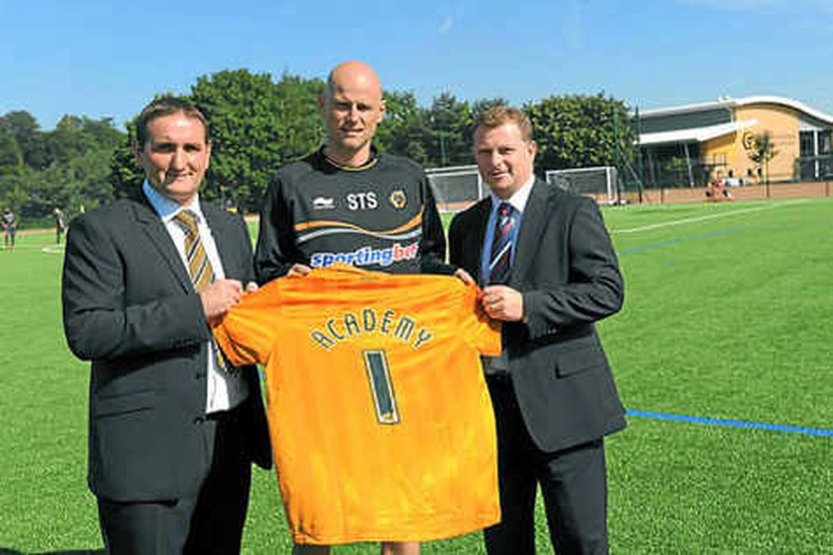 Kevin Thelwell handed Wolves promotion