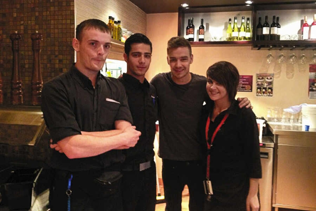 One Direction Star Liam Payne Pops In To Wolverhampton Pizza
