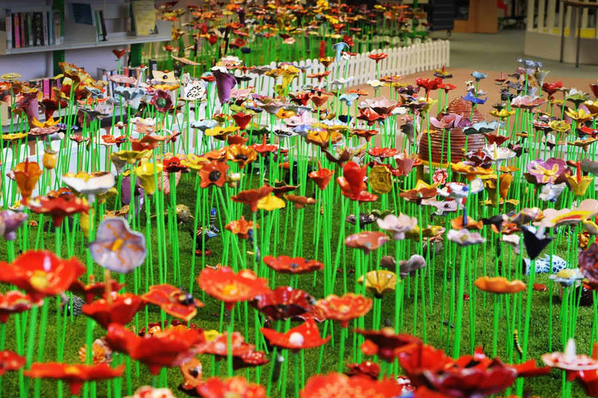 This amazing collection of ceramic flowers has taken a top award