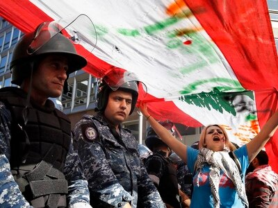 Protesters force postponement of Lebanese parliamentary session