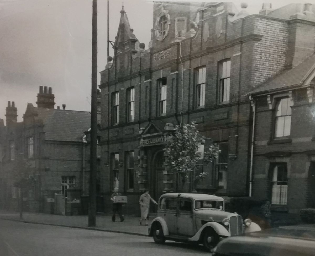 The library on Stourbridge Road, Holly Hall, opened in 1894