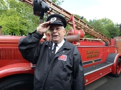 Former Smethwick fire engine reunited with crew after 50 years - with PICTURES