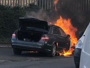 The car fire. Photo: @Dazwaz74