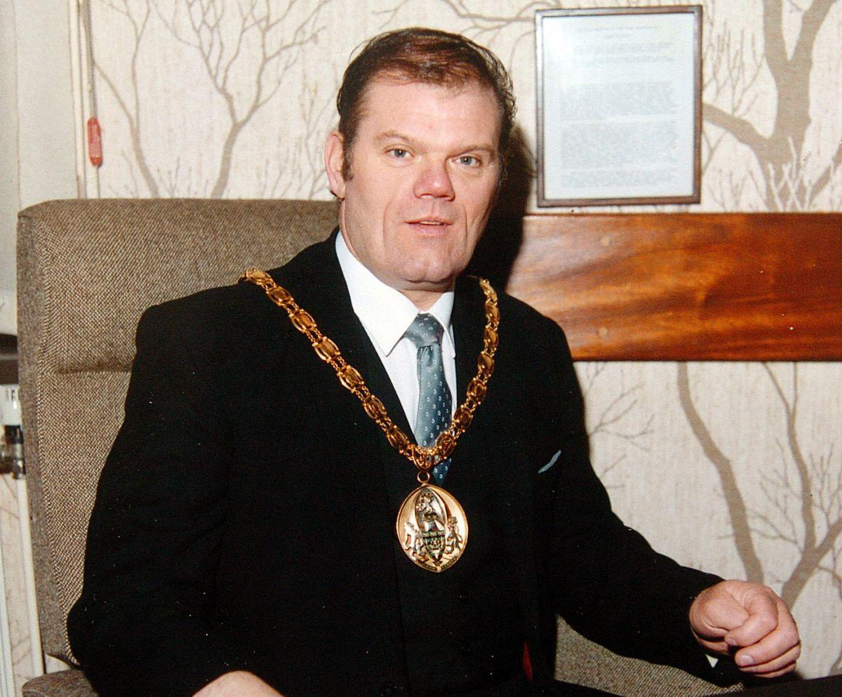 Mr Alcott when he was leader in 1987