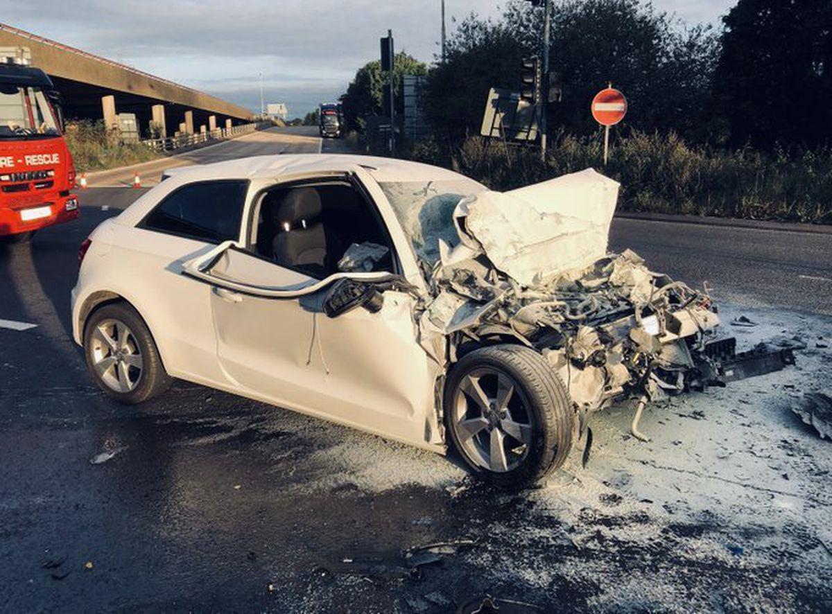 Crashed Audi. Photo: @Trafficwmp