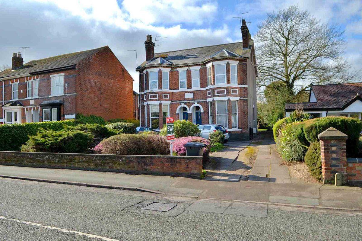 Broad Lane, Wolverhampton