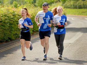 'Blind Dave' Heeley with his daughters Georgie-Lee and Dannie who have stepped in start running with him
