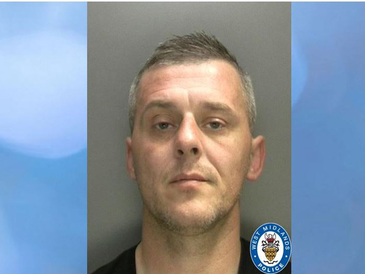 Anthony Mullen is wanted on recall to prison for breaching his licence conditions. Photo: West Midlands Police