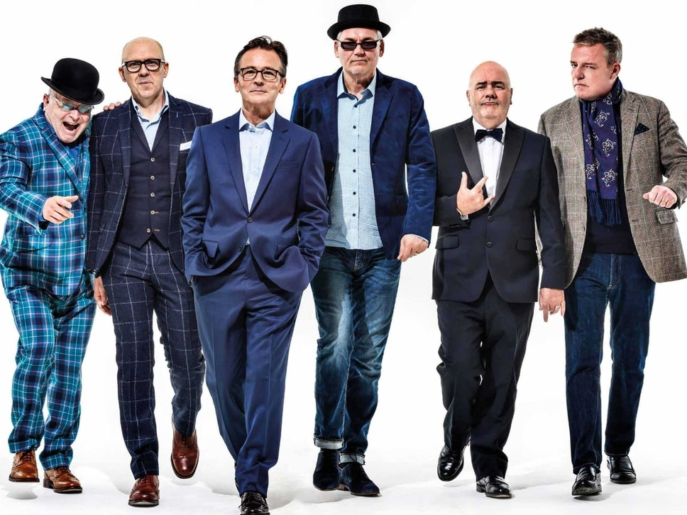 Madness to play outdoor show at Wolverhampton Racecourse