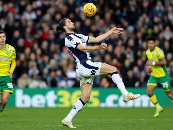 Jay Rodriguez: West Brom's warm weather trip 'can fire promotion push'