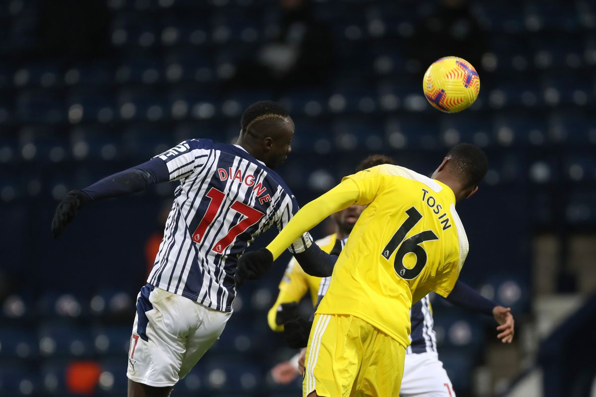 Mbaye Diagne of West Bromwich Albion and Tosin Adarabioyo of Fulham. (AMA)