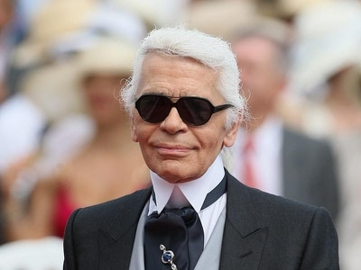 Tributes to 'genius' Karl Lagerfeld as fashion designer dies