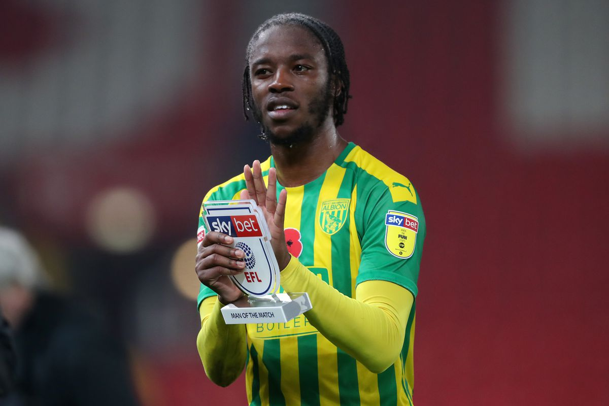 Romaine Sawyers of West Bromwich Albion with his SkyBet Man of the Match award applauds the West Bromwich Albion Fans at the end of the match. (AMA)