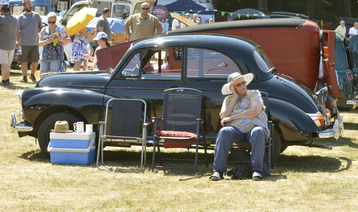 Relaxing at the Willenhall Transport Show, Willenhall Memorial Park, Pinson Road, Willenhall