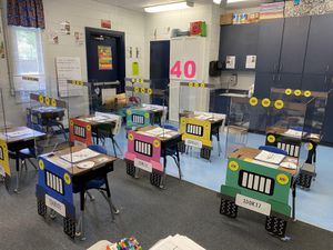Florida teachers turn students' desks into socially distanced jeeps