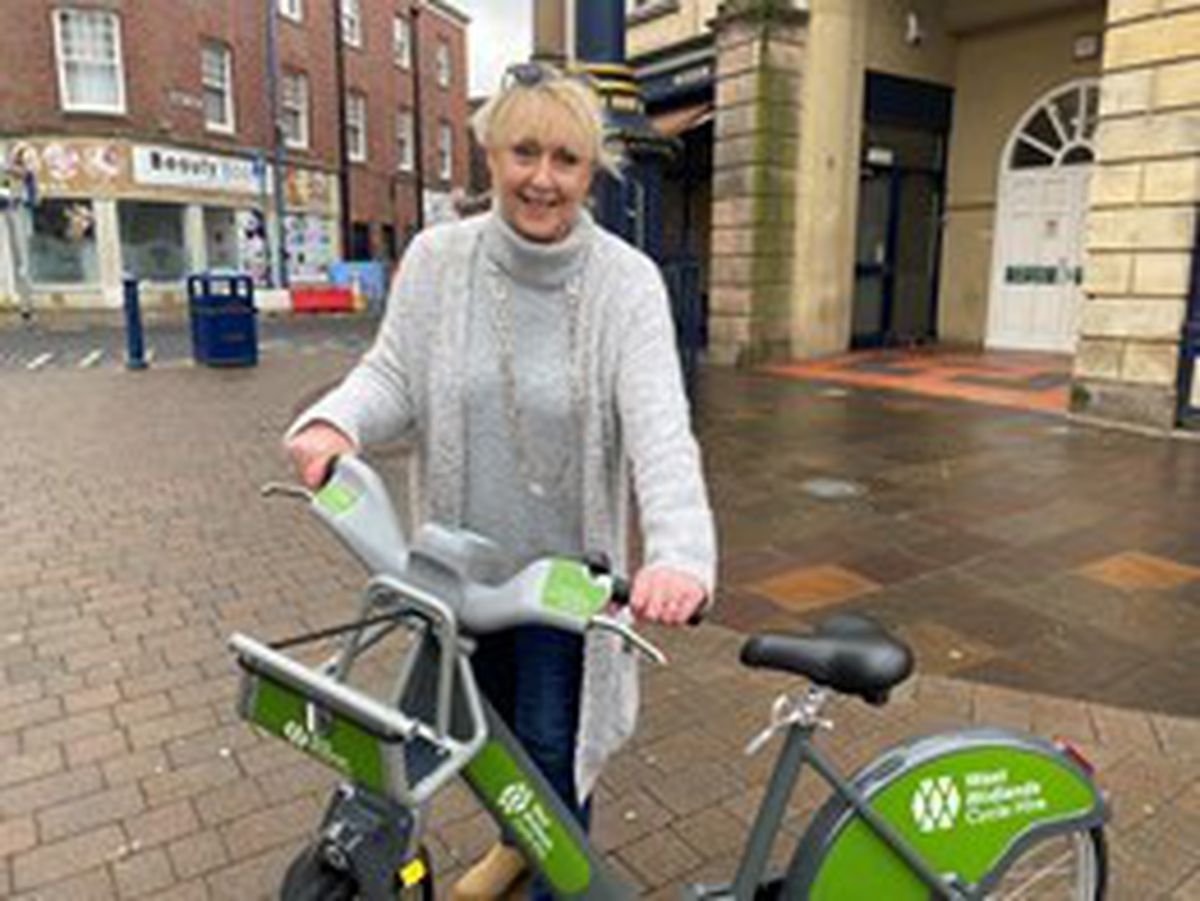 Councillor Karen Shakespeare with one of the bikes