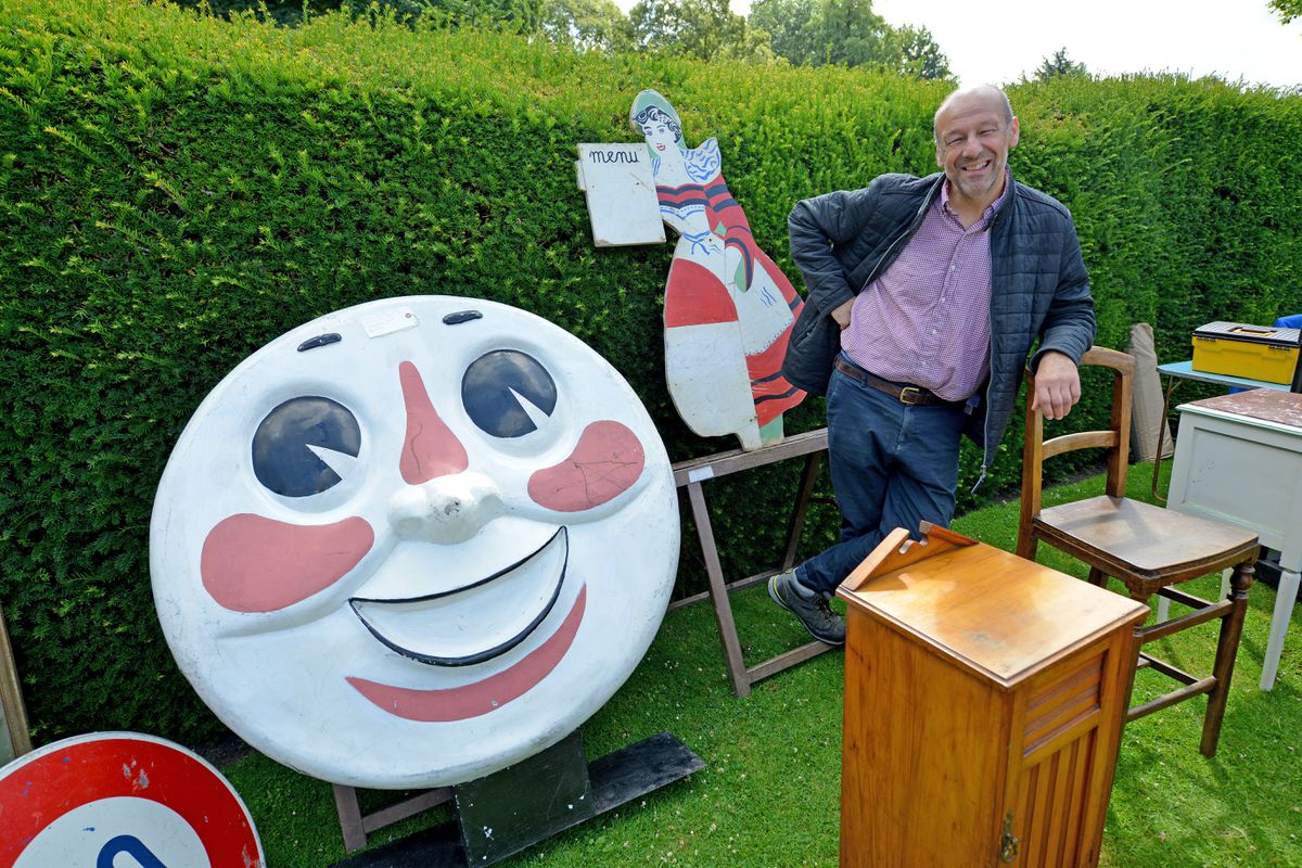 Alan Found with a 1980s hand-painted Thomas face for a train