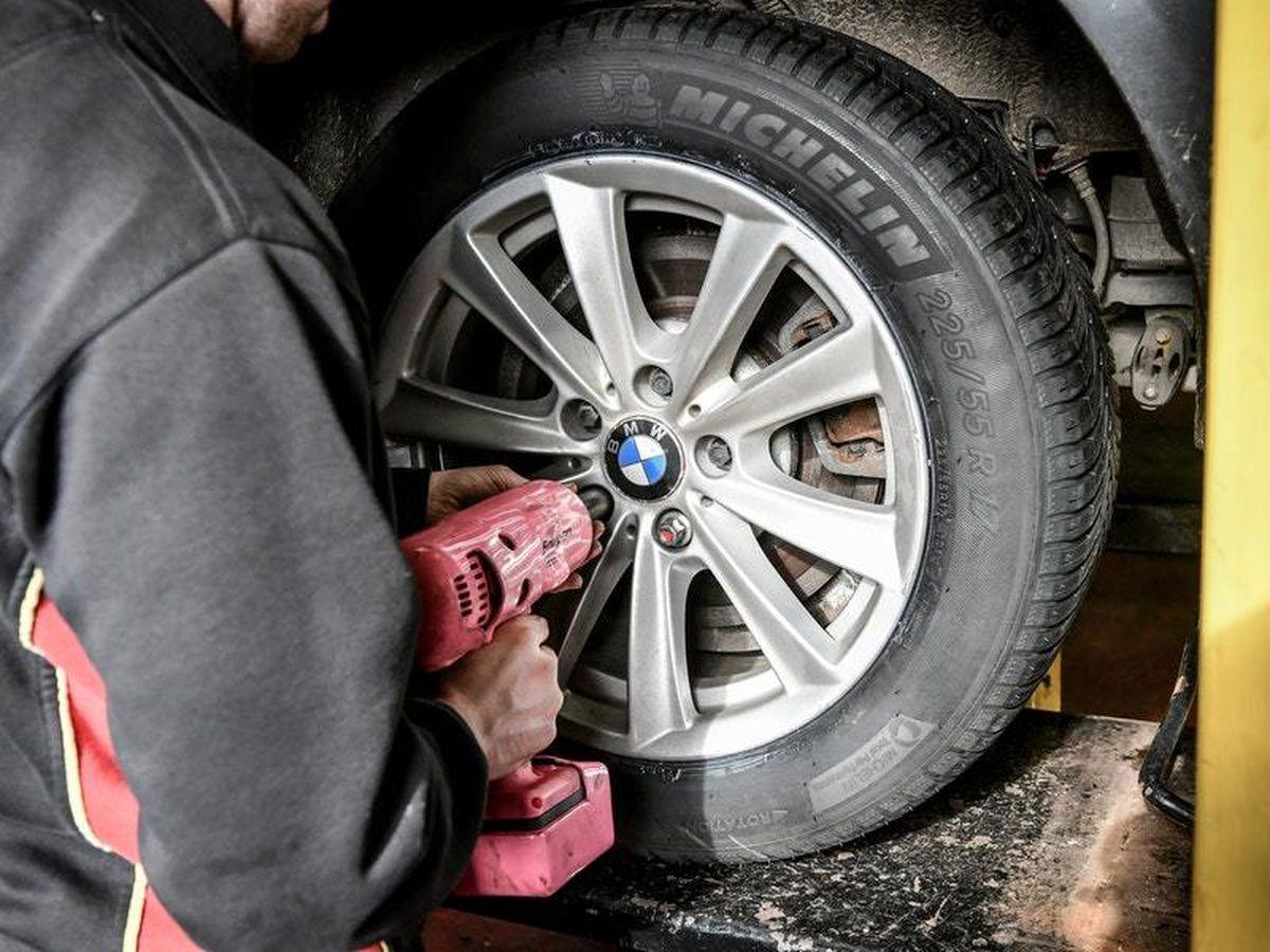 Car Tyre Stock