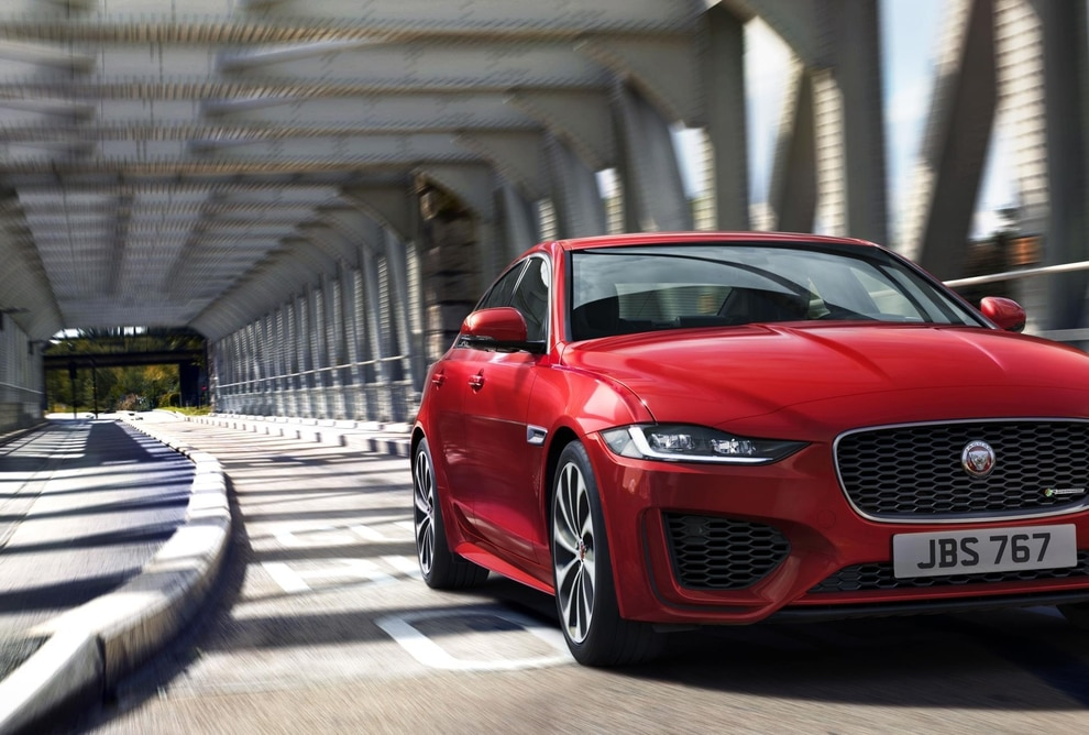new jaguar xe model unveiled with engine made at i54 | express & star