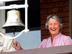 Rachael Heyhoe Flint ringing the five-minute bell at Lord's in 2010 (Photo: Sarah Williams)
