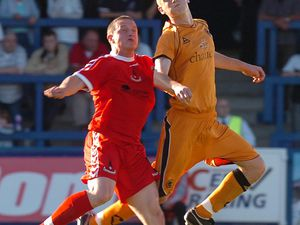 COPYRIGHT EXPRESS & STAR PIC DAVE BAGNALL  11/7/2006TELFORD V WOLVES AT THE BUCKS HEADWolves Lee Collins