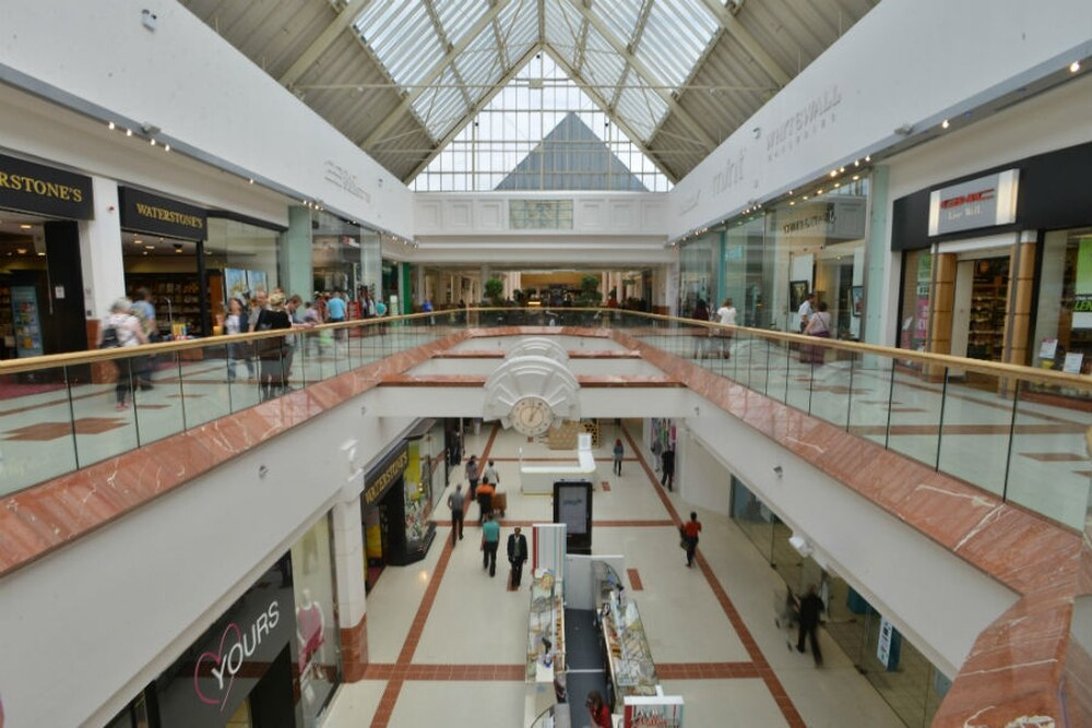 Careers at Merry Hill. Search and apply for the very latest jobs at Merry Hill, Dudley's most popular shopping centre today! Cook - Dudley - Merry Hill Westfield Centre, Merry Hill Food Court, Dudley, West MidlandsOur restaurants are run by people who know and love the rest.